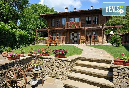 Къща за гости Кенара - снимка - 2
