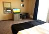 Есенна почивка в с. Арбанаси ! 1 нощувка със закуска и вечеря, в най-новия хотел в Арбанаси - Комплекс Болярско село, wi-fi, паркинг, безплатно за дете до 3г. !  - thumb 7
