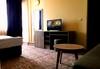 Есенна почивка в с. Арбанаси ! 1 нощувка със закуска и вечеря, в най-новия хотел в Арбанаси - Комплекс Болярско село, wi-fi, паркинг, безплатно за дете до 3г. !  - thumb 9