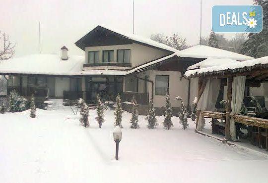 Къща за гости Пресслава Ризорт 3* - снимка - 1