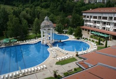 Почивайте през лятото в СПА хотел Орфей 5*, Девин! 1 или 2 нощувки със закуски, ползване на минерални басейни и СПА, безплатно за дете до 3г.! - Снимка