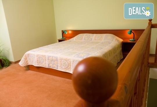 Хотел Кристал 3* - снимка - 2