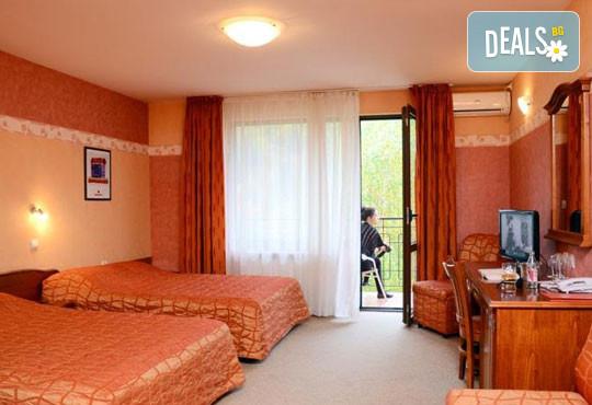 Хотел Кипарис Алфа 3* - снимка - 2