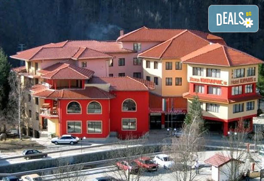 Хотел Кипарис Алфа 3* - снимка - 1