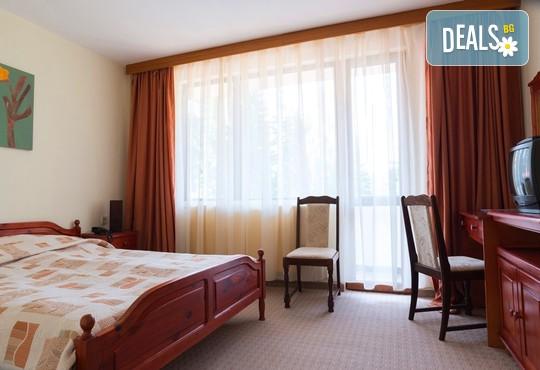 Хотел Елина 3* - снимка - 4