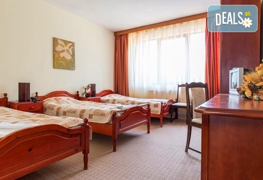 Хотел Елина 3* - снимка - 5