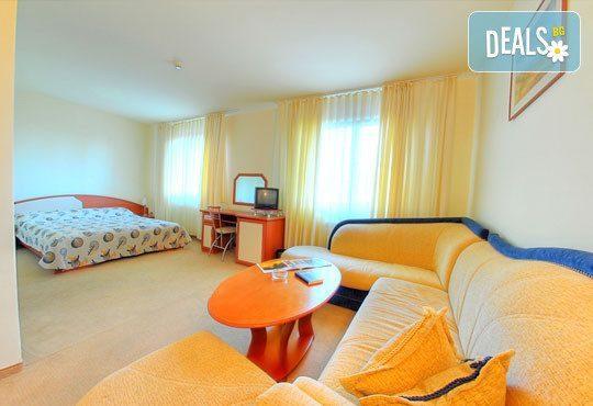 Хотел Зора 3* - снимка - 9