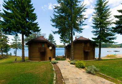 Почивка в Батак, язовир Широка поляна! Нощувка във вила за 2, 4 или 6 човека + безплатно ползване на фитнес и дете до 2.99г - безплатно - Снимка