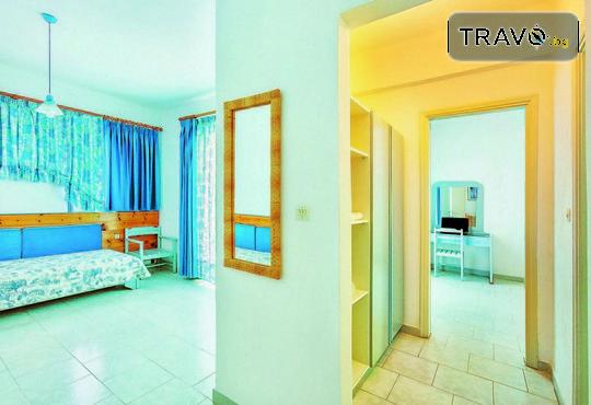 Faros Apartments - снимка - 7