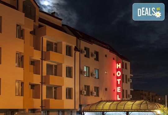Семеен хотел Пауталия 3* - снимка - 2