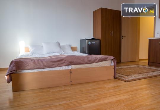 Апартаментен хотел Севън Сийзънс Хотел 2* - снимка - 13