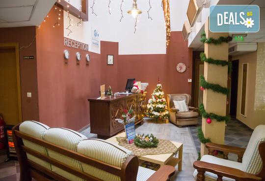 Хотел Севън Сийзънс 2* - снимка - 28