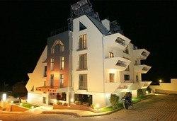 Релакс за двама семеен хотел Алекс 3*, Сандански! 1 нощувка и ползване на парна баня