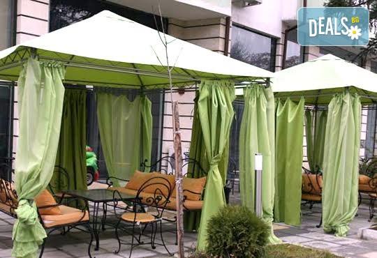 Хотел Сантана 3* - снимка - 1