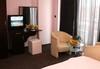 Почивка в Сандански в Семеен хотел Сантана! 1 нощувка на човек, настанен в помещение по избор - единична, двойна  стая, студио или апартамент - thumb 5