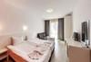 Пълноценна почивка в хотел Елеганс Спа 3*, Огняново! 2, 3 или 4 нощувки със закуски и вечери, ползване на външен и вътрешен басейн с минерална вода, джакузи, сауна, парна баня, безплатно за дете до 3.99г.! - thumb 6