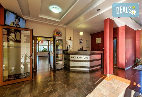 Хотел Елеганс СПА 3* - снимка - 19