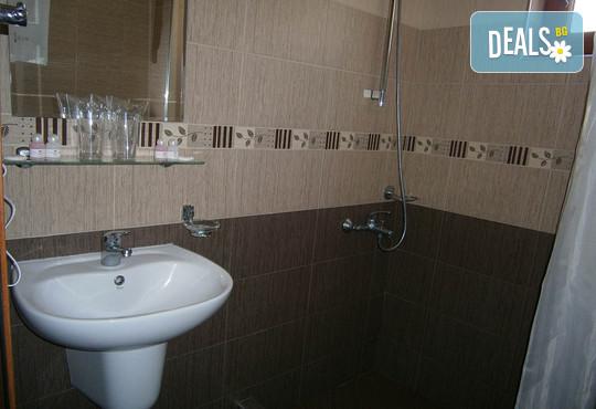 Хотел Елеганс СПА 3* - снимка - 16
