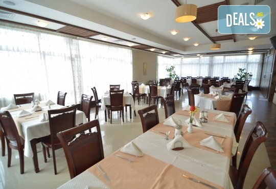 Хотел Орбел 4* - снимка - 25