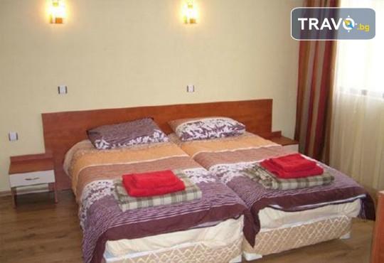 Семеен хотел Шарков 3* - снимка - 10