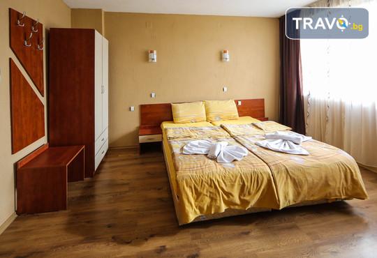 Семеен хотел Шарков 3* - снимка - 5