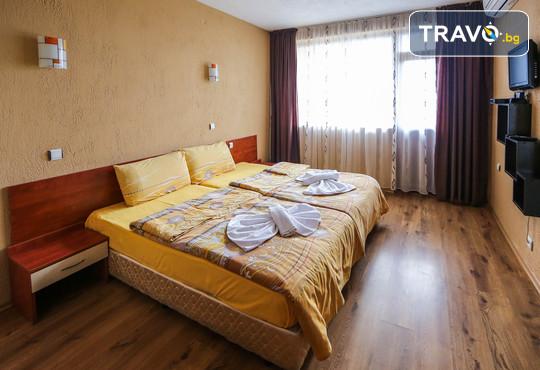 Семеен хотел Шарков 3* - снимка - 4
