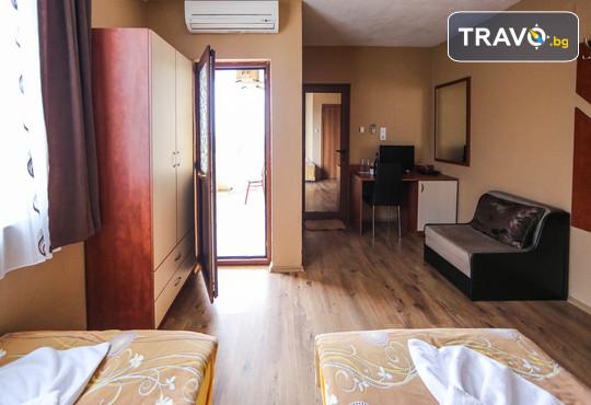 Семеен хотел Шарков 3* - снимка - 7
