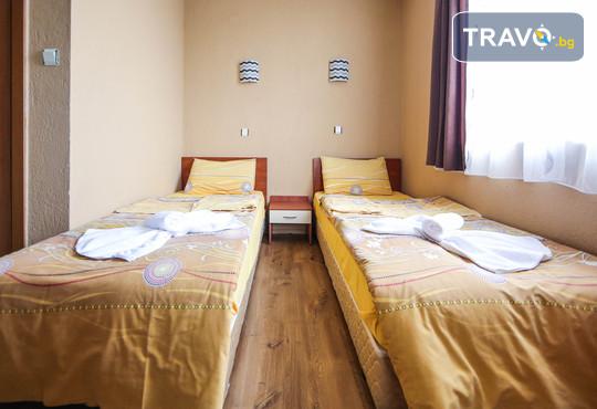 Семеен хотел Шарков 3* - снимка - 2