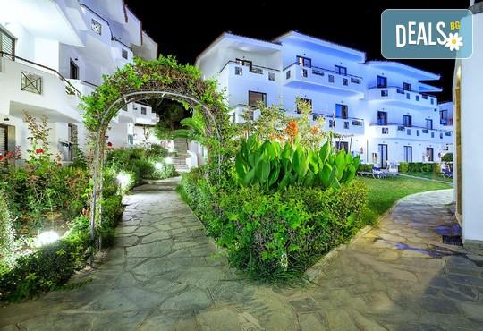 Dolphin Beach Hotel 3* - снимка - 7