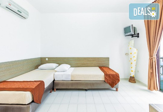 Dolphin Beach Hotel 3* - снимка - 32
