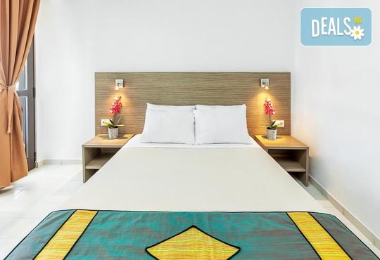 Dolphin Beach Hotel 3* - снимка - 30