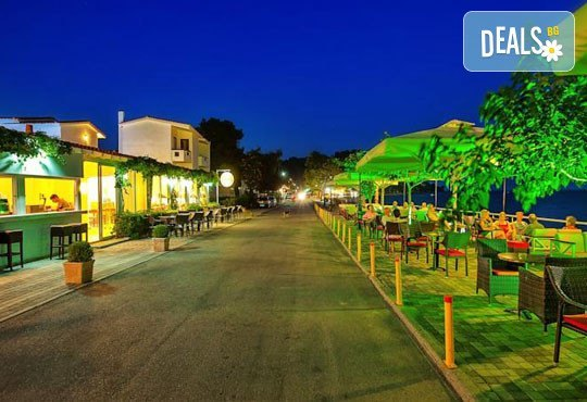 Dolphin Beach Hotel 3* - снимка - 34