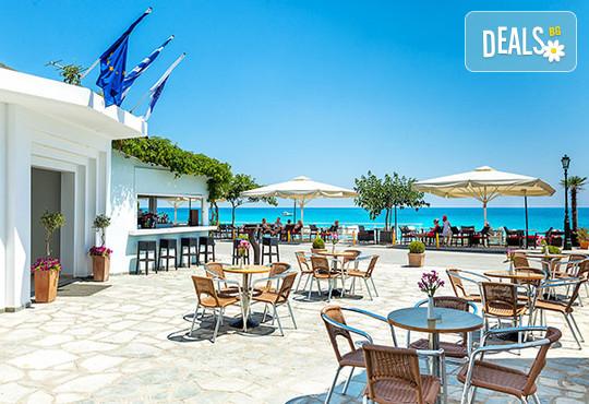 Dolphin Beach Hotel 3* - снимка - 11