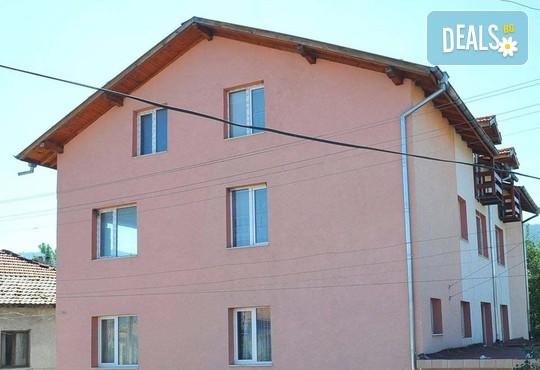Къща за гости Пумпалови 2* - снимка - 1