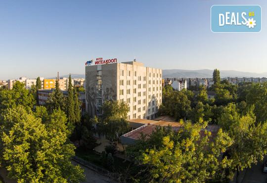 Хотел Интелкооп 2* - снимка - 2