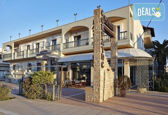 Sokratis Hotel 2* - снимка - 1