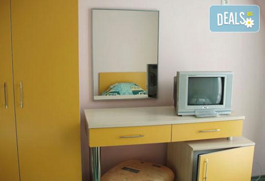 Хотел Кайлас 2* - снимка - 8