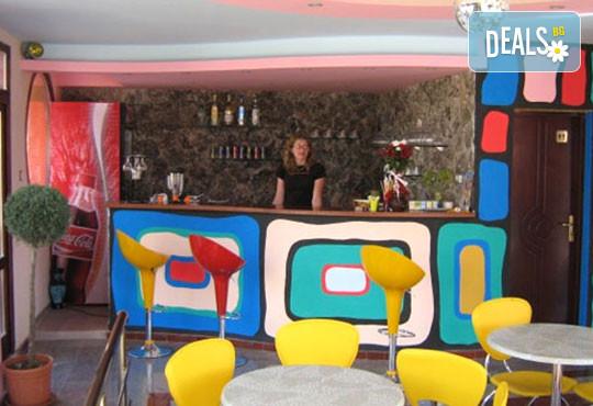 Хотел Кайлас 2* - снимка - 9