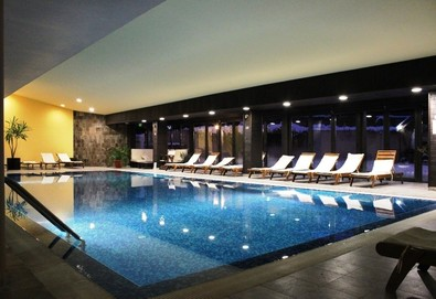 Релаксираща почивка в хотел Каза Карина 4*, Банско! Нощувка на база All inclusive, ползване на вътрешен басейн, парна баня и сауна, безплатно за дете до 5.99г.! - Снимка