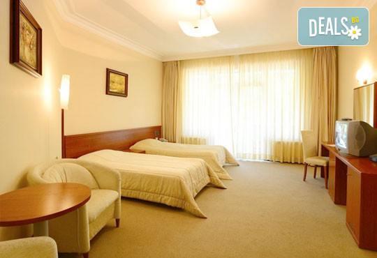 Хотел Евъргрийн Палас 3* - снимка - 8
