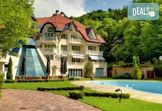 Хотел Евъргрийн Палас 3* - снимка - 3