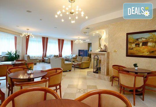 Хотел Евъргрийн Палас 3* - снимка - 14