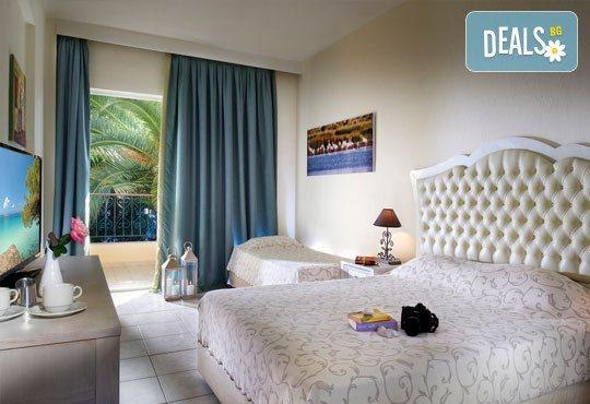 Portes Beach Hotel 4* - снимка - 4