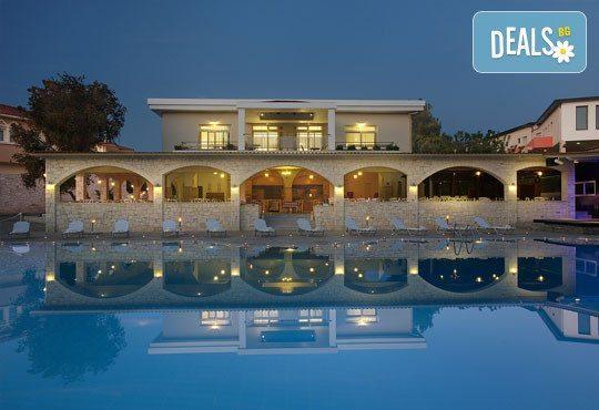 Portes Beach Hotel 4* - снимка - 3