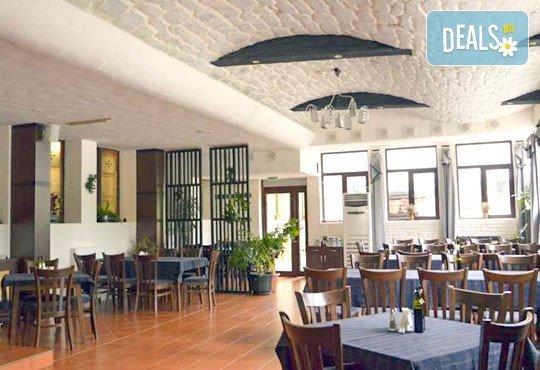 Persey Flora Apartments 4* - снимка - 9