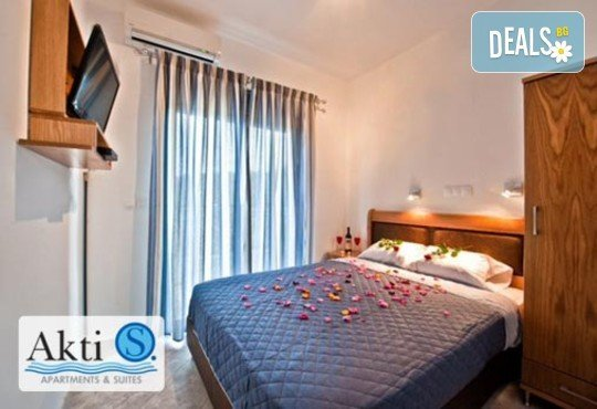 Akti-s Apartments And Suites - снимка - 4