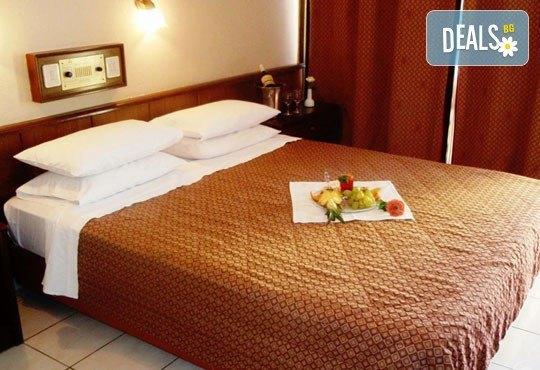 Theoxenia Hotel 4* - снимка - 2