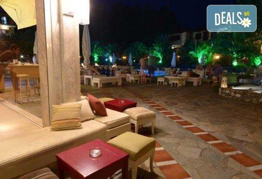 San Panteleimon Beach Hotel 3* - снимка - 8