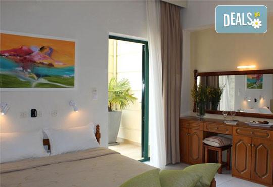 San Panteleimon Beach Hotel 3* - снимка - 5