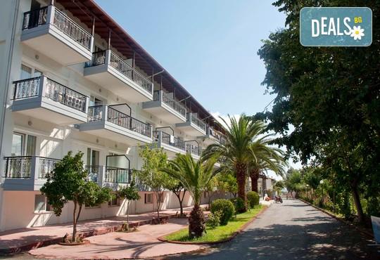 Sun Beach Hotel Platamon 3* - снимка - 1
